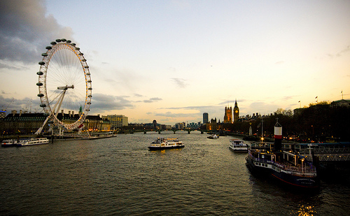 things to do in london city attractions recreation map tourism travel guide airport sightseeing england uk europe in camera